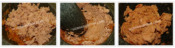 Preparation for Spicy Tuna Dip: No.3 Put dried tuna in the mortar and pound until well blend