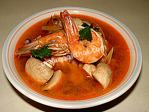 Put Tom Yam Kung in a bowl and serve immediately