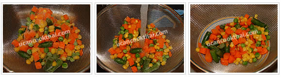 Preparation for Sausage Fried Rice: No.2 Put frozen vegetable in a strainer, flow water over, drain and set aside