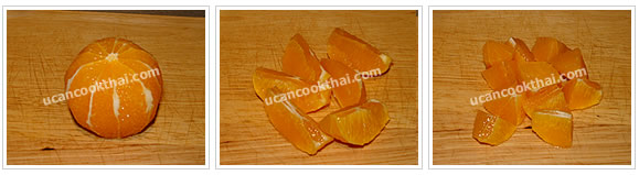 Preparation for Sweet and Sour Orange Chicken Stir-fried: No.5 Peel orange and cut into pieces