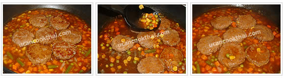 Preparation for Fried Ground Pork with Red Sauce: No.10 Put fried ground pork back in the pan, pour the mixture and simmer for 5 minutes