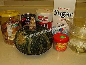 Pumpkin in Coconut Cream Ingredients: pumpkin, coconut milk, palm sugar, sugar, salt, limewater, water